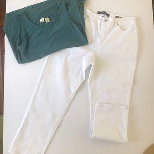 Gloria Vanderbilt Amanda Boot cut jeans  12 short